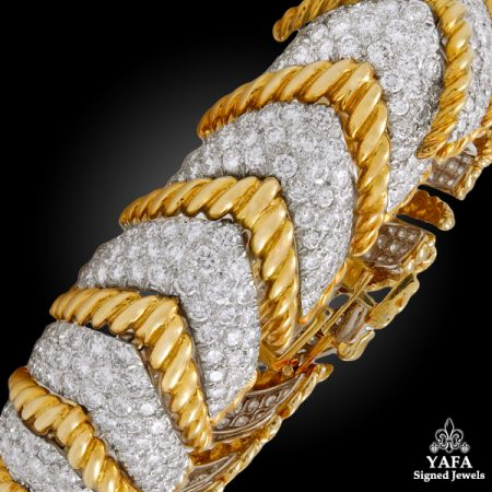 DAVID WEBB Diamond Herringbone Shape Link Bracelet