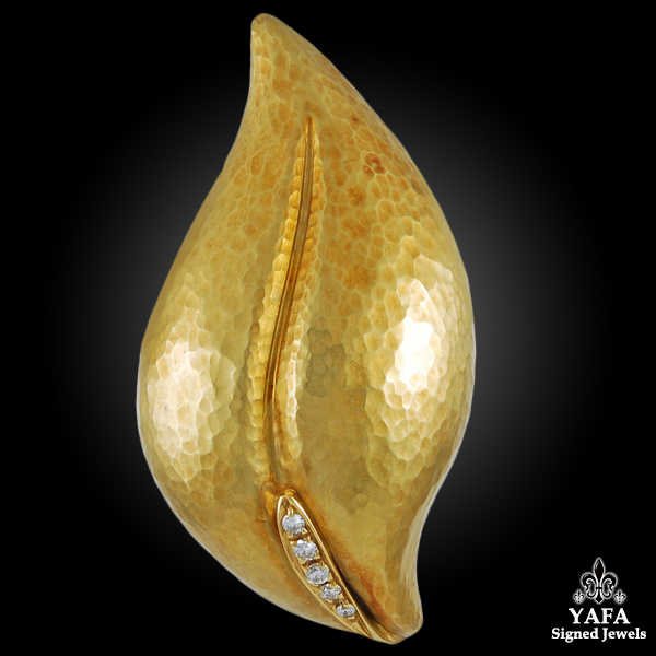 PALOMA PICASSO Diamond Leaf-brooch