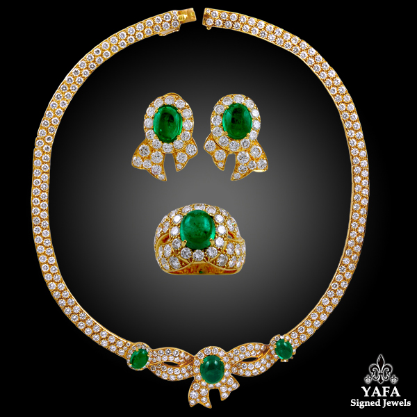 MAUBOUSSIN Cabochon Emerald Suite Necklace