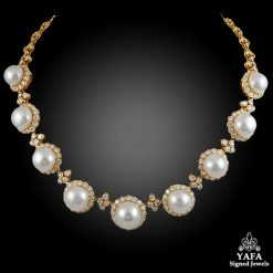 VAN CLEEF & ARPELS Diamond & Pearl Necklace