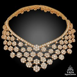 VAN CLEEF & ARPELS Diamond 75cts. Snowflakes Necklace