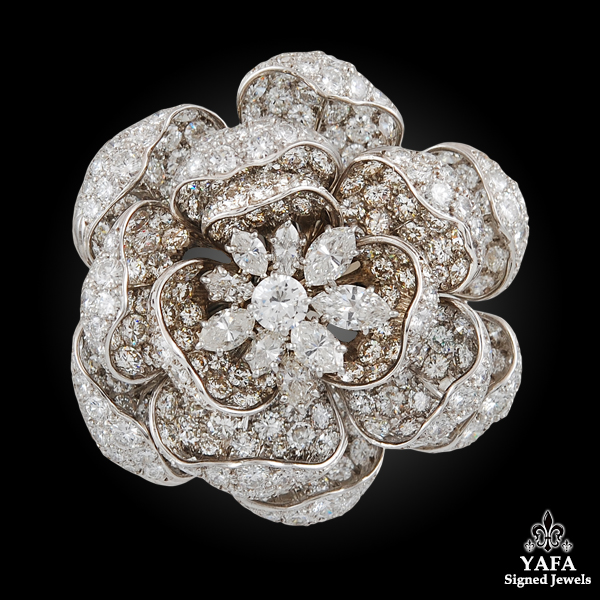 HARRY WINSTON Platinum Diamond Flower Brooch