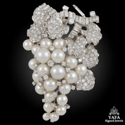 DAVID WEBB Diamond, Cultured Pearls Clip Brooch