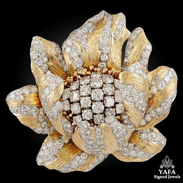 DAVID WEBB Diamond Buttercup Flower Brooch