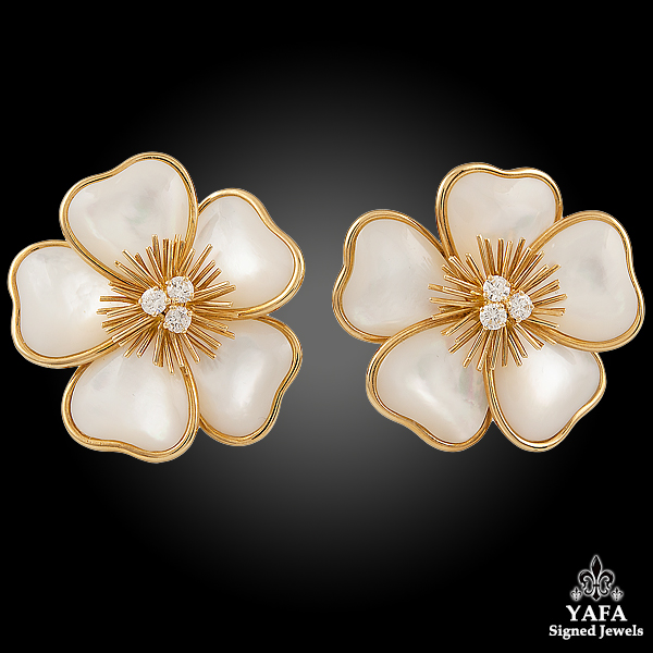 VAN CLEEF & ARPELS Mother of Pearl Diamond Flower -earrings