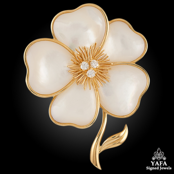 VAN CLEEF & ARPELS Mother of Pearl Diamond Flower -pin
