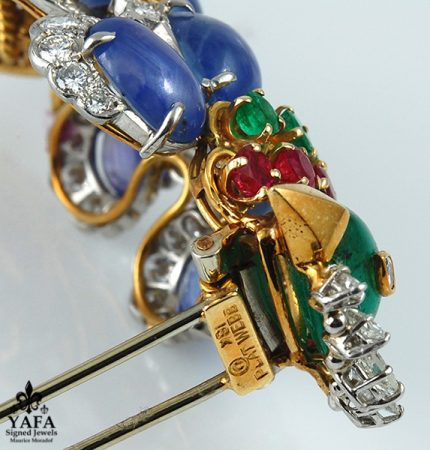 DAVID WEBB Diamond, Emerald,Ruby,Cabochon Sapphire Bird Brooch