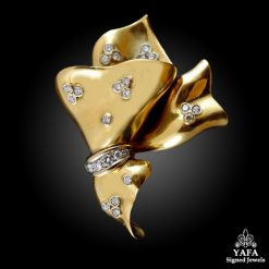 18k Gold Diamond Brooch