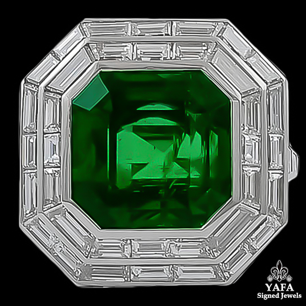Contemporary Emerald Diamond Ring 11.03 cts