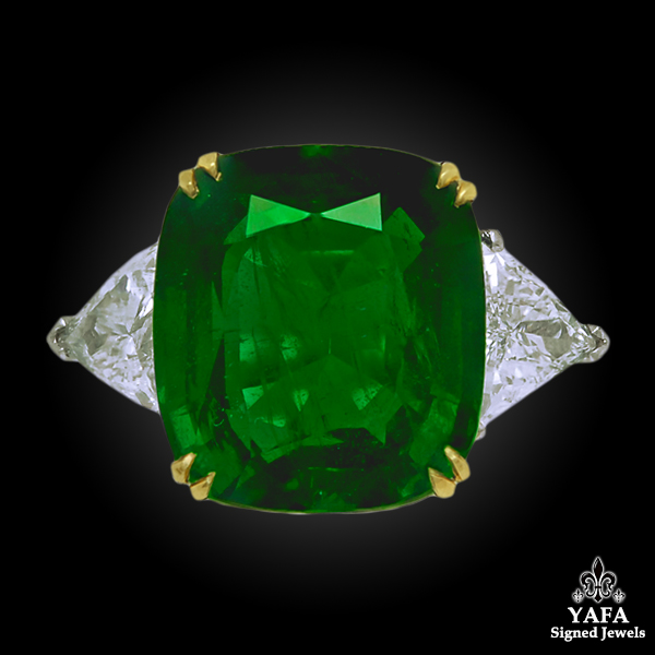 Contemporary Emerald Diamond Ring 11.44 cts