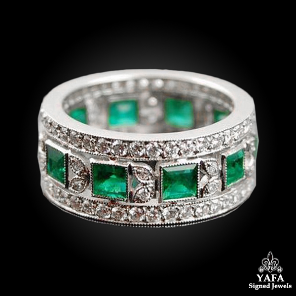 Platinum Diamond, Emerald Wedding Band Ring