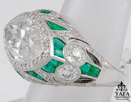 Platinum Marquise Diamond, Emerald Ring -sideview