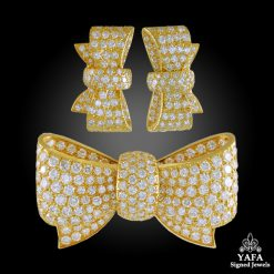 VAN CLEEF & ARPELS Diamond Bow Brooch Suite