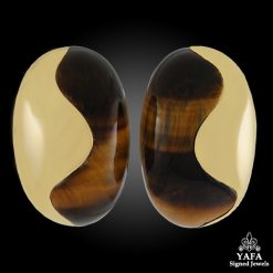 VAN CLEEF & ARPELS Tigers Eye Ear Clips