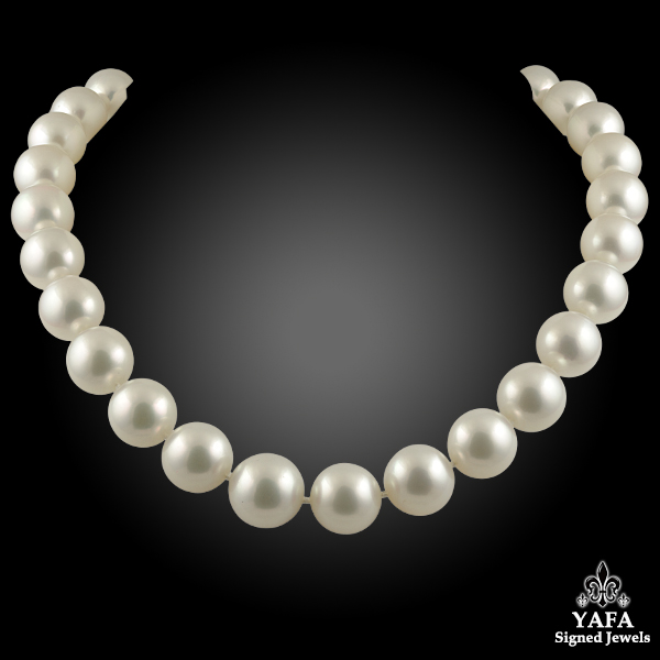 18k White South Sea Pearl Necklace