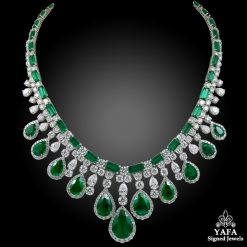 Platinum Diamond, Pear shaped Emerald Necklace