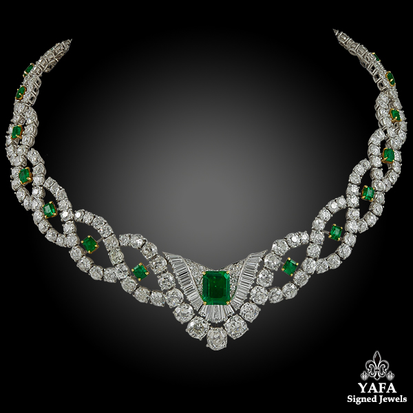 CARTIER Two Tone Diamond & Emerald Necklace - Center 2.55cts