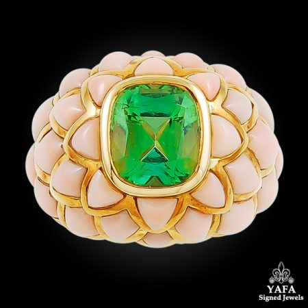 VAN CLEEF & ARPELS Angel Skin Coral, Peridot Ring