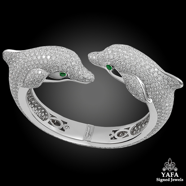 CARTIER Diamond & Emerald Dolphin Bangle