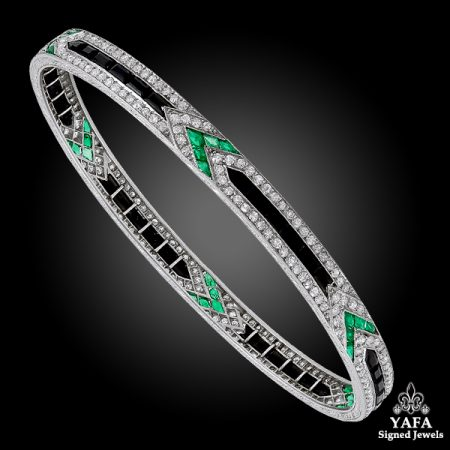 Art Deco VAN CLEEF & ARPELS Diamond, Emerald, Onyx Bangle