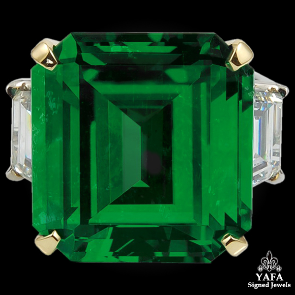 Two Tone Diamond Emerald Ring - 16.11 cts.