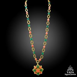VAN CLEEF & ARPELS Cabochon Coral, Chrysoprase Necklace Suite