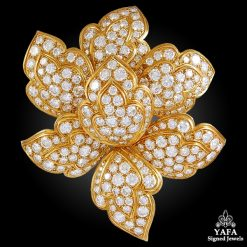 1970s VAN CLEEF & ARPELS Diamond Flower Brooch