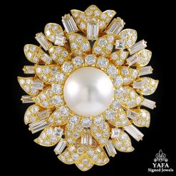 VAN CLEEF & ARPELS Diamond, Pearl Brooch