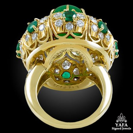 VAN CLEEF & ARPELS Diamond, Cabochon Emerald Ring