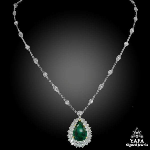 TIFFANY & Co. Pear-Shaped Colombian Emerald, Diamond Pendant/Necklace