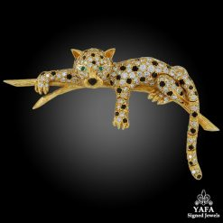 VAN CLEEF & ARPELS Diamond, Black Onyx, Emerald Leopard Brooch