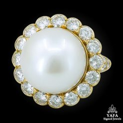 VAN CLEEF & ARPELS South Sea Pearl Diamond Ring