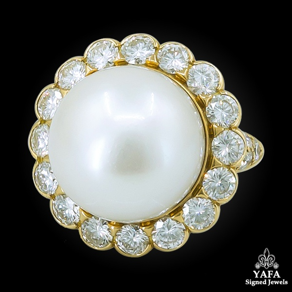 VAN CLEEF & ARPELS Diamond & South Sea Pearl Ring