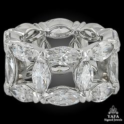 18k White Gold Marquise-Shaped Diamond Ring