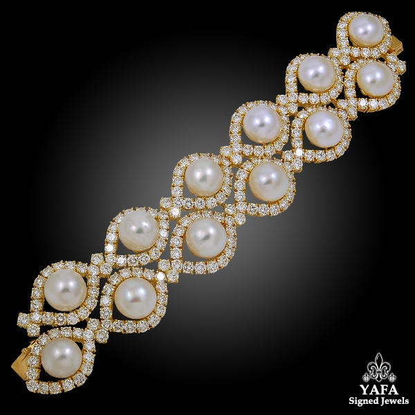 VAN CLEEF & ARPELS Diamond, Cultured Pearl Bracelet