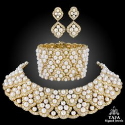 VAN CLEEF & ARPELS Diamond Pearl Collar Suite