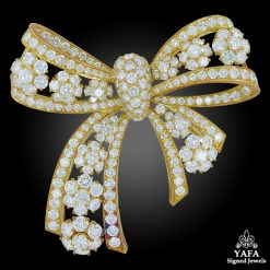 VAN CLEEF & ARPELS Diamond Snowflake Bow Brooch
