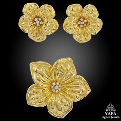 VAN CLEEF & ARPELS Magnolia Diamond Brooch Earrings Suite